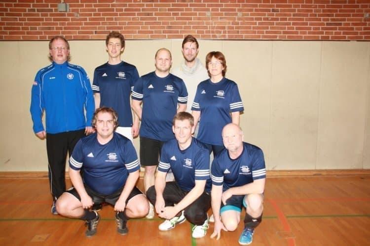 AKS Lehrerteam belegt Platz 3 beim 30. Volleyball-Wanderpokalturnier