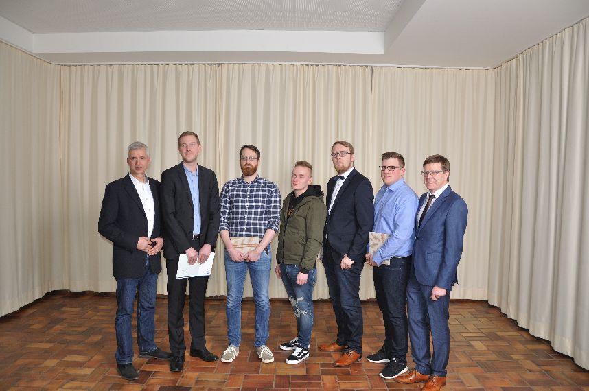 AKS Lohne und IHK Oldenburg verabschieden Auszubildende