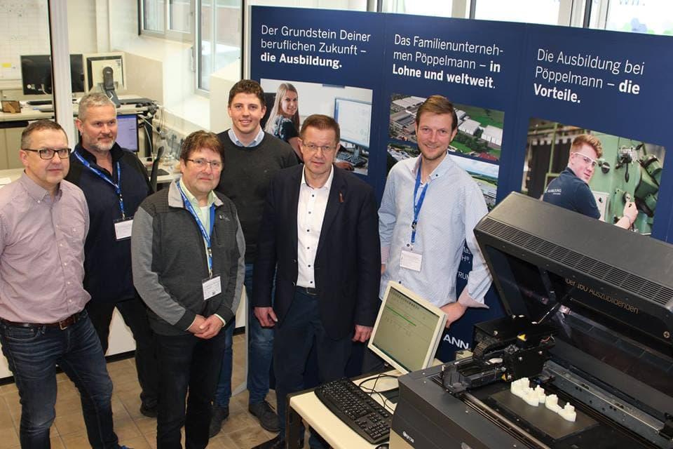 Lohner Kunststoffunternehmen Pöppelmann stiftet 3-D-Drucker für die Adolf-Kolping-Schule