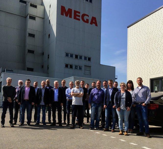 Ausbilderarbeitskreis Berufskraftfahrer zu Gast bei MEGA in Visbek-Rechterfeld