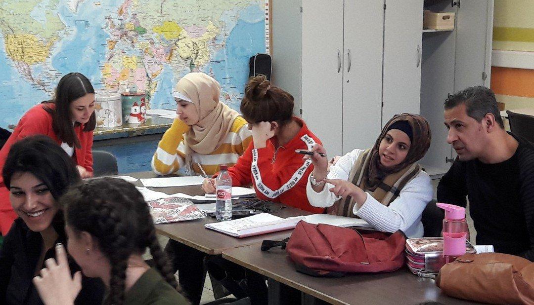 Kooperation mit Uni Vechta: Studierende pauken mit Lernenden der BEK-Sprache Deutsch