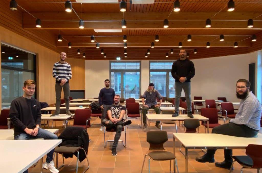 Melina Langner trotz Abwesenheit zur neuen Schülersprecherin der AKS gewählt