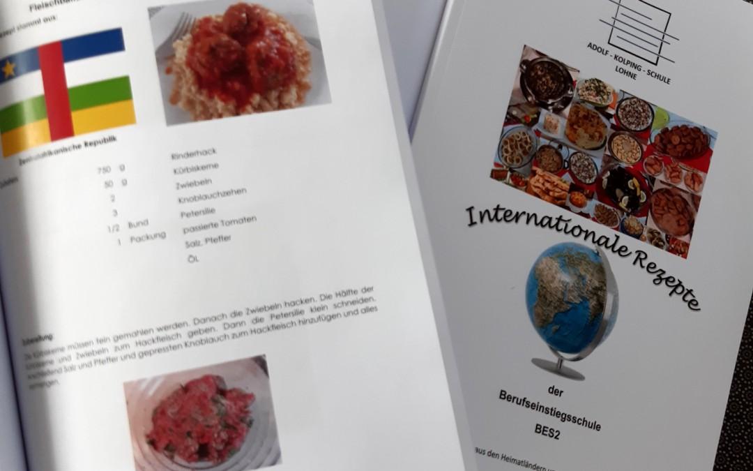 Selbstgemachtes Kochbuch der BES2 wird zum diesjährigen Weihnachtsgeschenk-Hit an der AKS