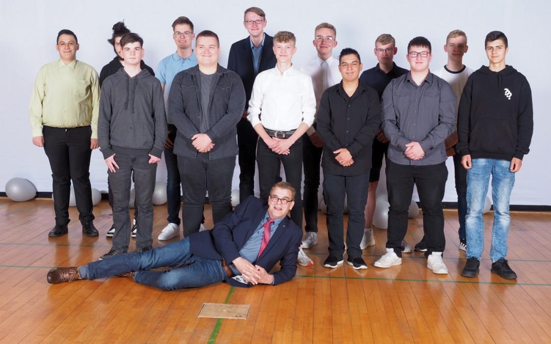 Entlassungsfeier der Berufsfachschule Mechatronik 2021